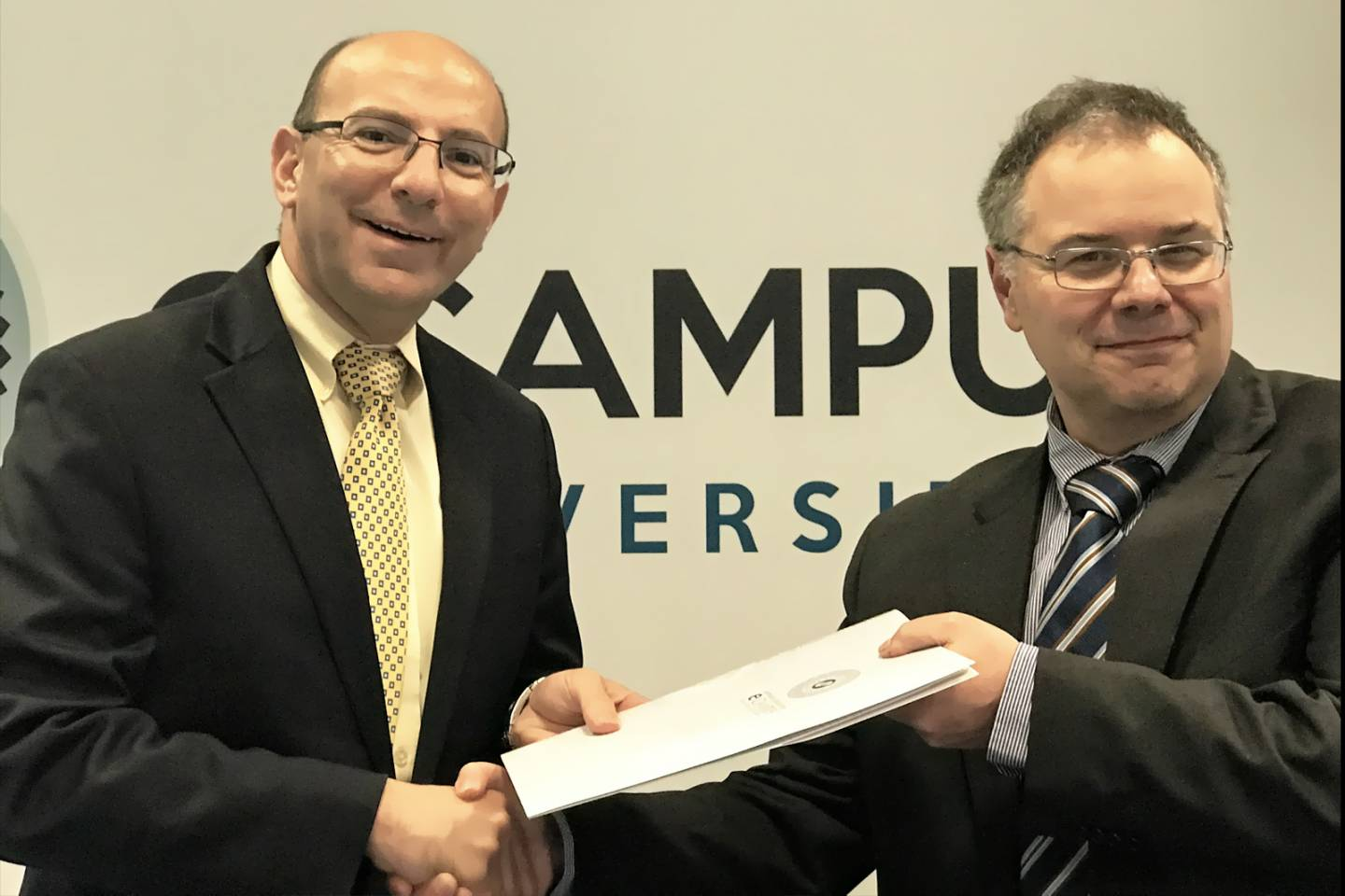 Signing an MOU with CRAD Research Center of 'Università eCampus, Novedrate (Italy)