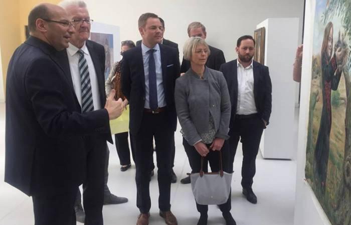 القس الراهب يستقبل رئيس وزراء مقاطعة بادن فوتبزغ الألمانية