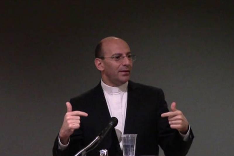 Re.Dr. Mitri Raheb's speech at the EdgeWood College-Madison, USA.